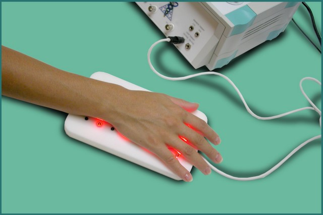 led-applicator-hand