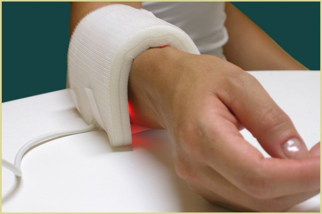 led-applicator-wrist